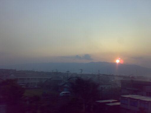 新幹線から見た夕日