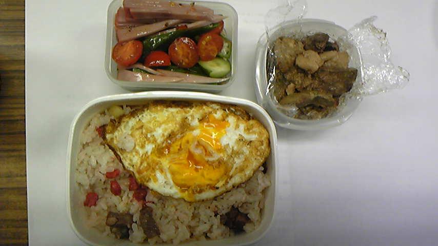 フィリピンスタイルのお弁当